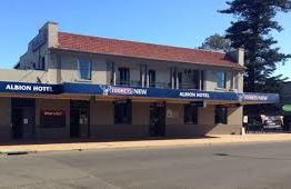 Albion Hotel,Singleton