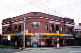 Cooks Hill Hotel