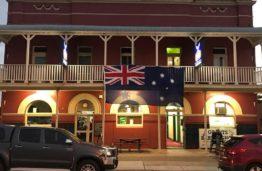 Tattersalls Hotel Greta