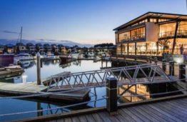 HarbourVue Tavern